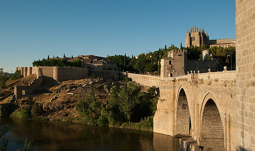 body of water beside castle