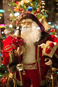 Santa Claus figurine