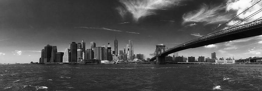 Brooklyn bridge, New York City grayscale photo