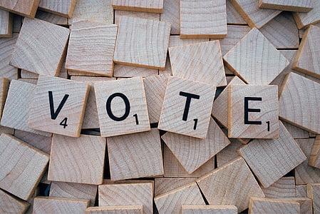 Vote scrable cube