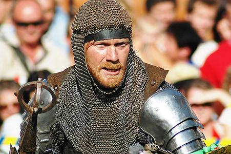 knight holding gray spear