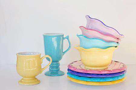 assorted-color dinnerware set