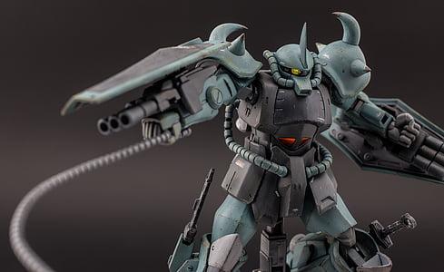 blue and black Gundam action figure
