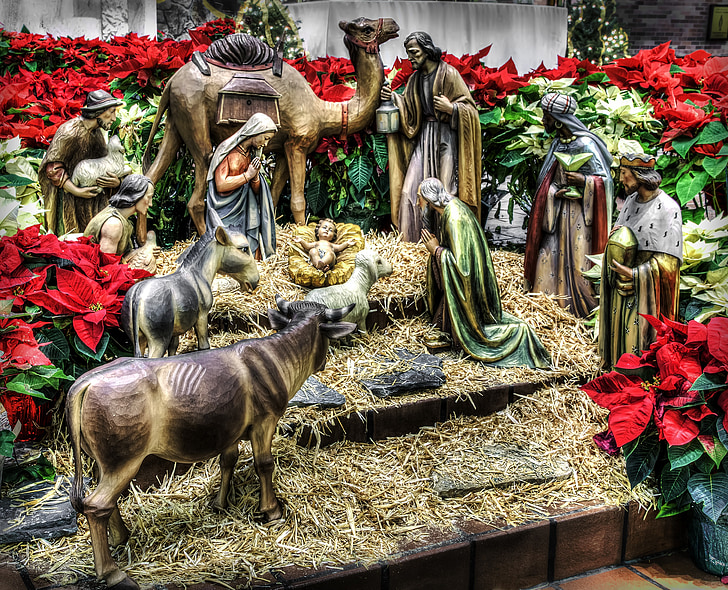 Nativity Scene ceramic figurines