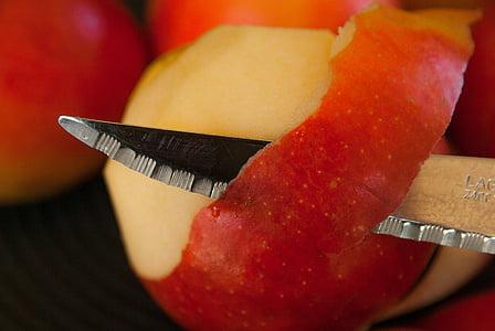 red apples skinned
