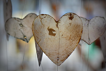 white hearts hanging decors
