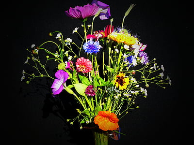 variety of flower bouquet closeup photography