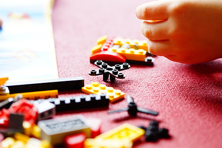 closeup photo of interlocking toy