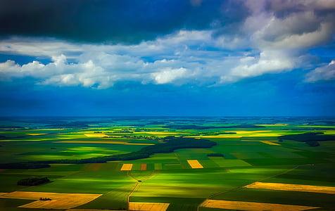 bird's eye photography of green field