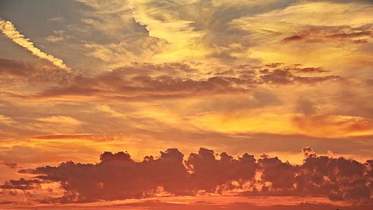 orange clouds during dawn