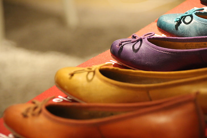 assorted-color flat shoes